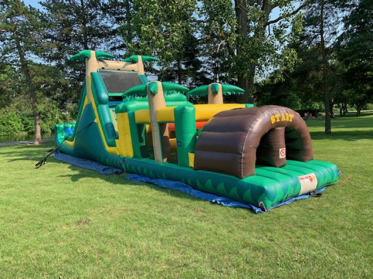 52' Tropical Obstacle Course